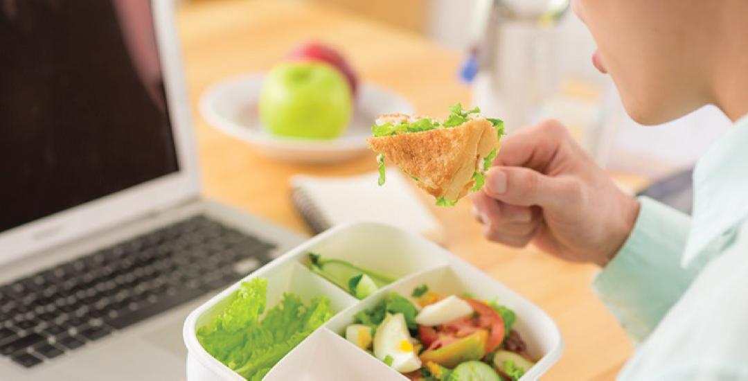 Pola Makan Sehat Untuk Para Pekerja Malam